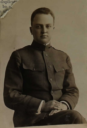 Melvin Burton Ericson U.S.PassportApplications 26 Nov 1918 -Edited